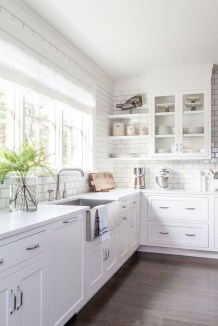 Amazing Modern Farmhouse Kitchen Decoration For Small Space 33