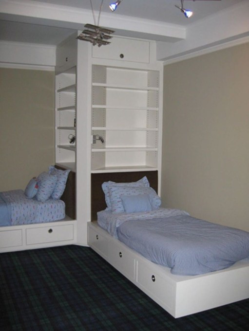 Awesome Dorm Room Decoration With Double Bed 29