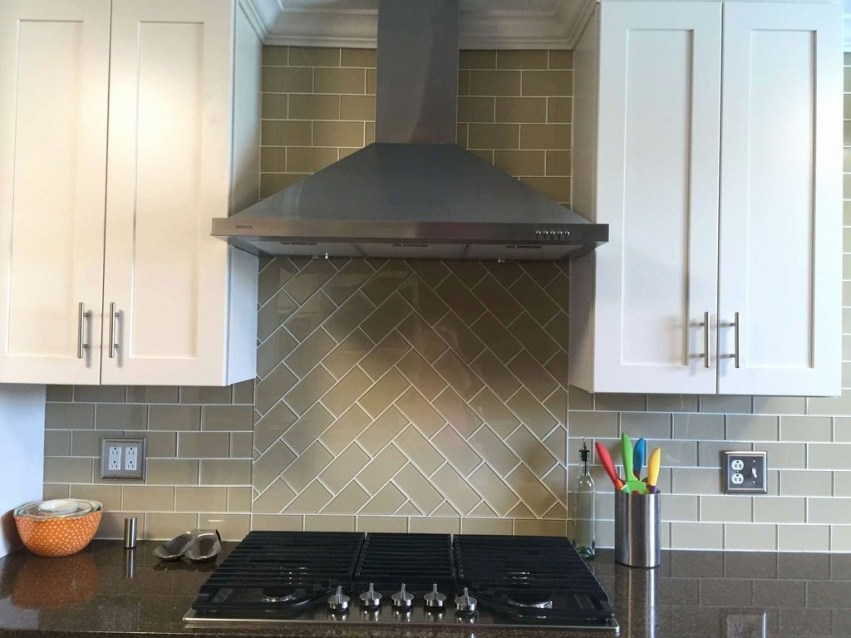 Best Subway Tile Backsplash Ideas For Any Kitchen 21