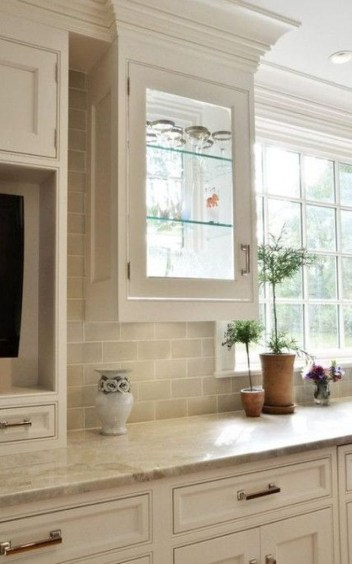 Best Subway Tile Backsplash Ideas For Any Kitchen 27