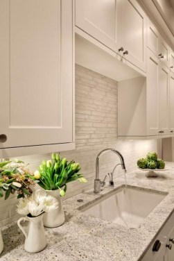 Best Subway Tile Backsplash Ideas For Any Kitchen 29