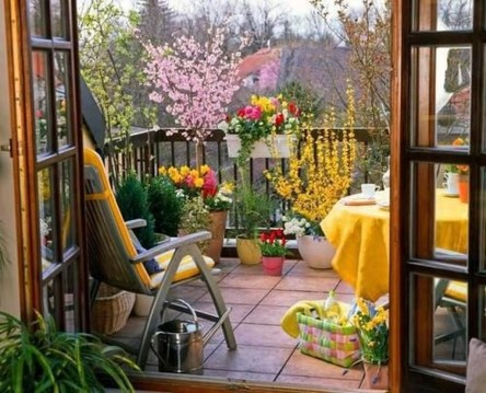 Comfy Small Seating Area In Your Balcony 23