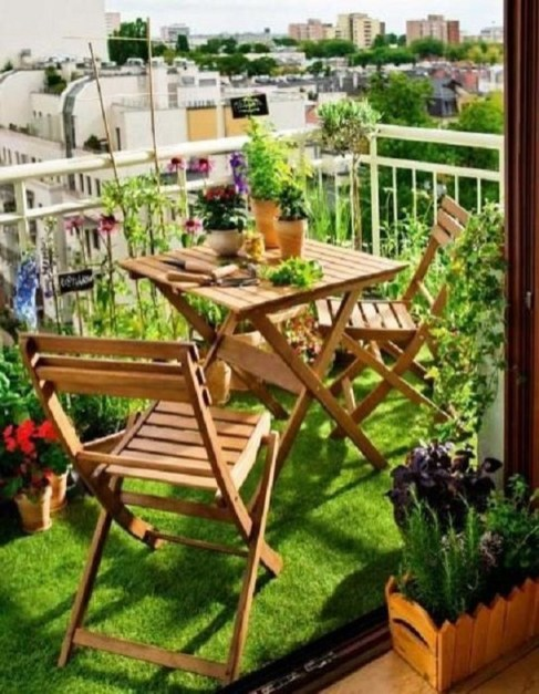 Cozy Garden Balcony Design And Inspiration 29