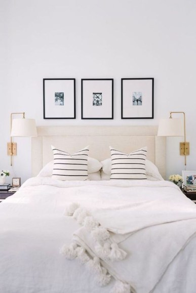 Easy Tips To Decorate Small Master Bedroom With Neutral Color 05