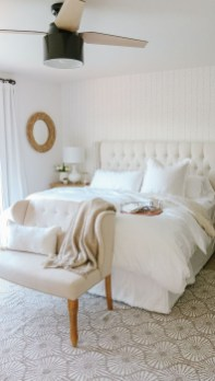Easy Tips To Decorate Small Master Bedroom With Neutral Color 10