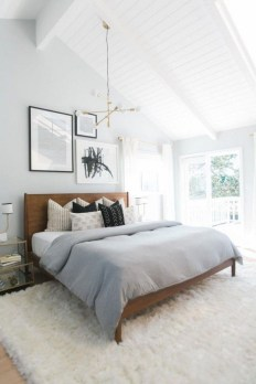 Easy Tips To Decorate Small Master Bedroom With Neutral Color 13