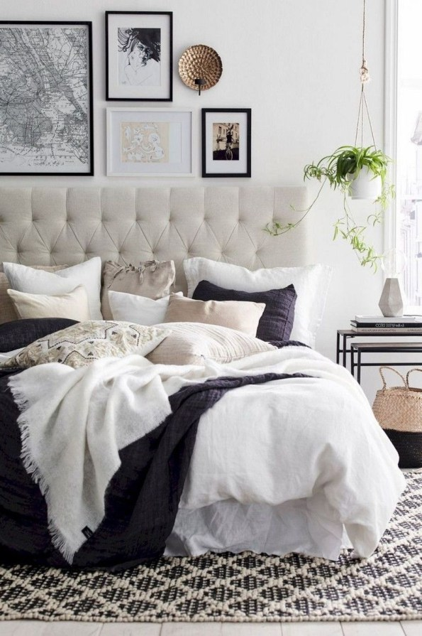 Easy Tips To Decorate Small Master Bedroom With Neutral Color 14