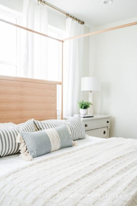 Easy Tips To Decorate Small Master Bedroom With Neutral Color 22