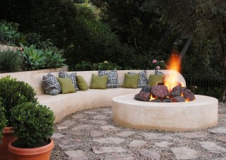 Fabulous Seating Area In The Garden 01