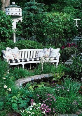 Fabulous Seating Area In The Garden 07