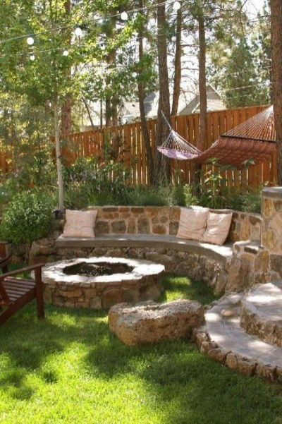 Fabulous Seating Area In The Garden 18