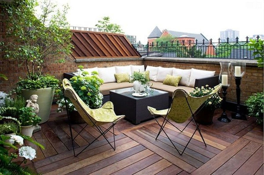 Fabulous Seating Area In The Garden 33