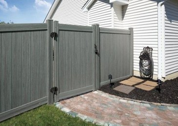 Fabulous Wooden Fences For Front Yard Remodel 05