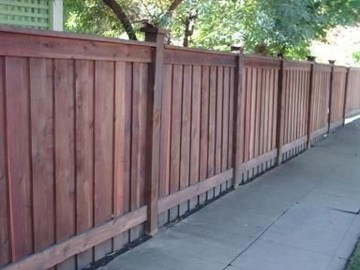 Fabulous Wooden Fences For Front Yard Remodel 20