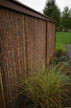 Fabulous Wooden Fences For Front Yard Remodel 32