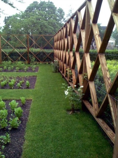 Gorgeous Garden Fences To Beautify Your Backyard 03