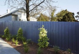 Gorgeous Garden Fences To Beautify Your Backyard 12
