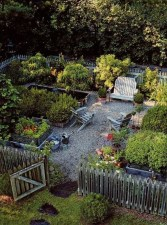 Inspiring Vegetable Garden Design For Your Backyard 21