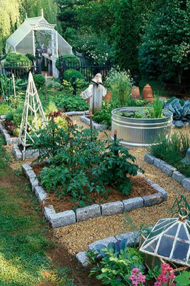 Inspiring Vegetable Garden Design For Your Backyard 28
