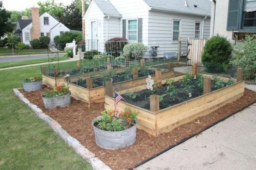 Inspiring Vegetable Garden Design For Your Backyard 30