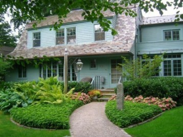 Perfect Bed Garden Design For Your Front Yard 18
