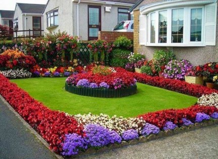 Perfect Bed Garden Design For Your Front Yard 23