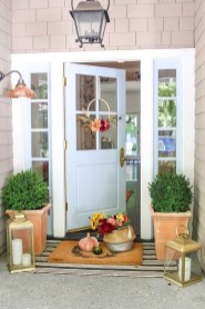 Perfect Front Porch Decoration For Fall 02