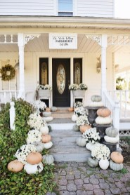 Perfect Front Porch Decoration For Fall 04