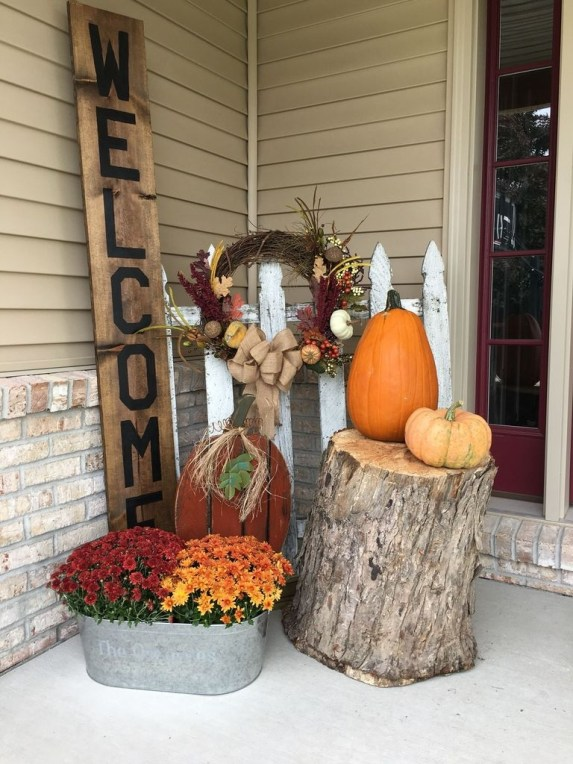 Perfect Front Porch Decoration For Fall 34