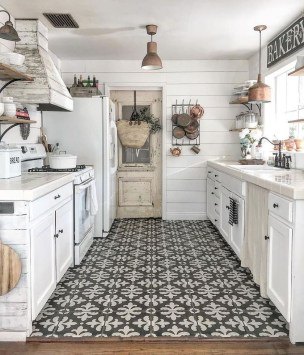 Small Kitchen Decor Idea With Farmhouse Style 25