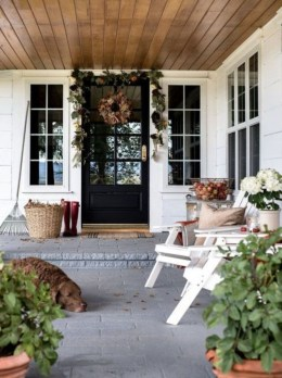 Stunning Fall Front Porch Decoration To Inspire Yourself 08