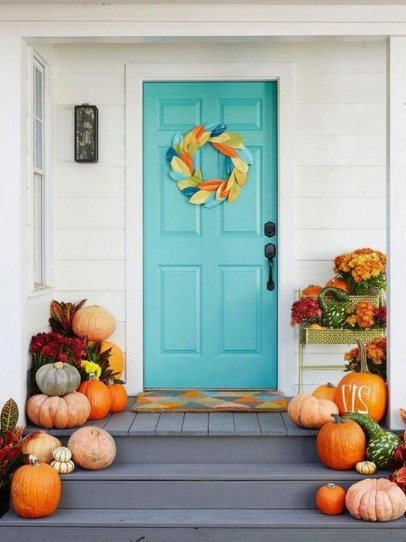 Stunning Fall Front Porch Decoration To Inspire Yourself 18