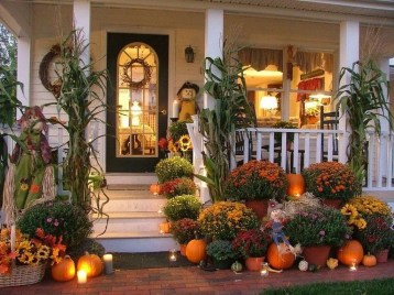 Stunning Fall Front Porch Decoration To Inspire Yourself 20