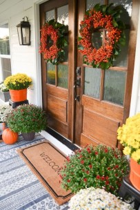 Stunning Fall Front Porch Decoration To Inspire Yourself 33