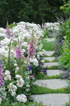 Beautiful Flower Garden Idea You Can Try 33