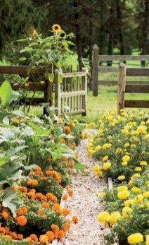 Beautiful Flower Garden Idea You Can Try 35