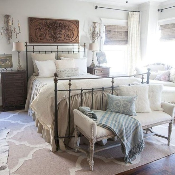 Best Farmhouse Bedroom Decoration You Can Do 03