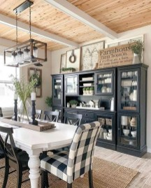 Farmhouse Kitchen Decorating Ideas With Wooden Cabinet 14