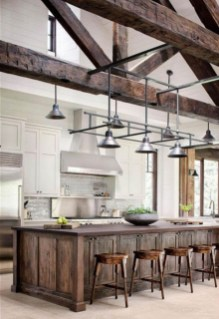Farmhouse Kitchen Decorating Ideas With Wooden Cabinet 22