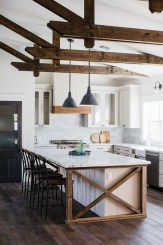 Farmhouse Kitchen Decorating Ideas With Wooden Cabinet 35