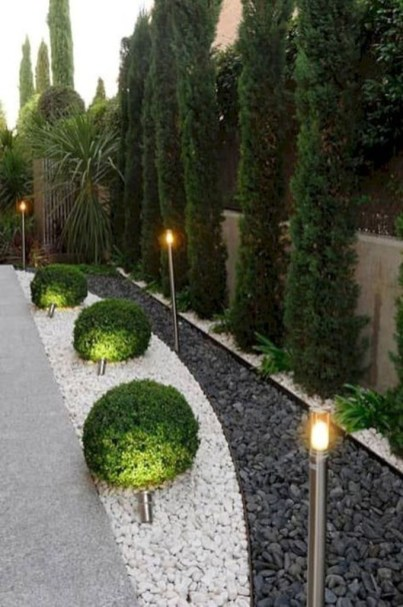 Incredible Edging Garden For Your Front Yard 18