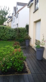 Incredible Edging Garden For Your Front Yard 26