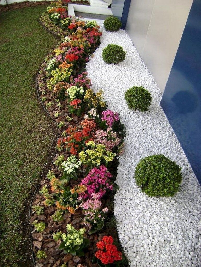 Incredible Edging Garden For Your Front Yard 33