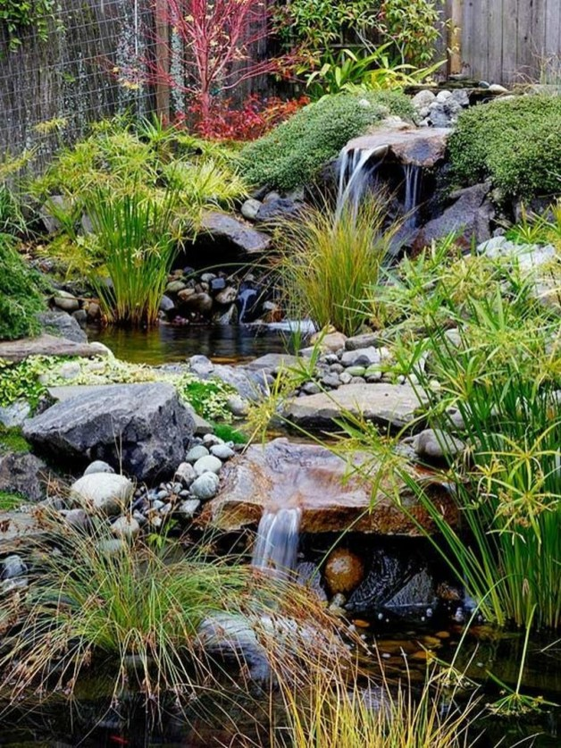 Lovely Fall Garden Idea With Perfect Ornaments 05