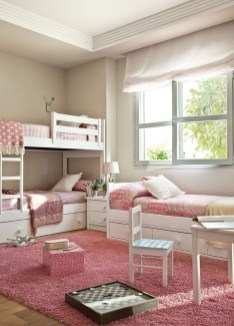 Lovely Small Bedroom Decor With Pink Nuance 28