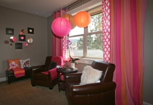 Lovely Small Bedroom Decor With Pink Nuance 29