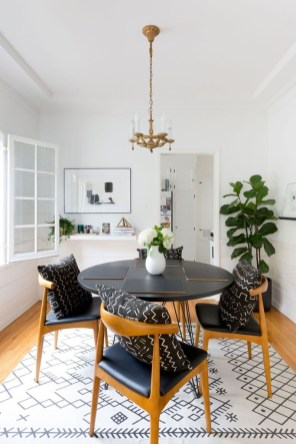 Lovely Small Dining Room Decoration In Your House 09