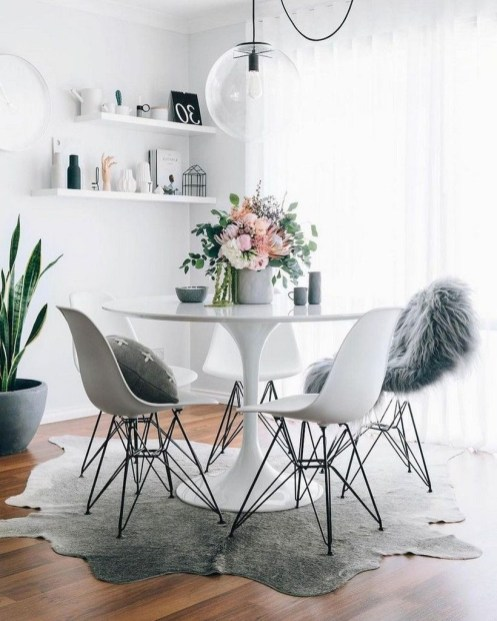 Lovely Small Dining Room Decoration In Your House 23