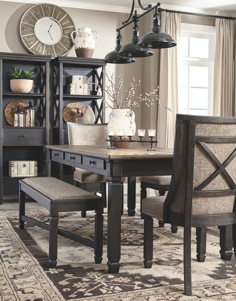 Lovely Small Dining Room Decoration In Your House 38