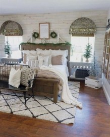 Nice Fall Bedroom Decoration For Farmhouse Style 11